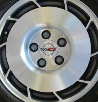 """:Unidirectional Wheel"" Developed for the C4 Corvette"