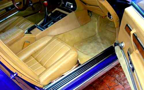 Corvette custom interior 1970