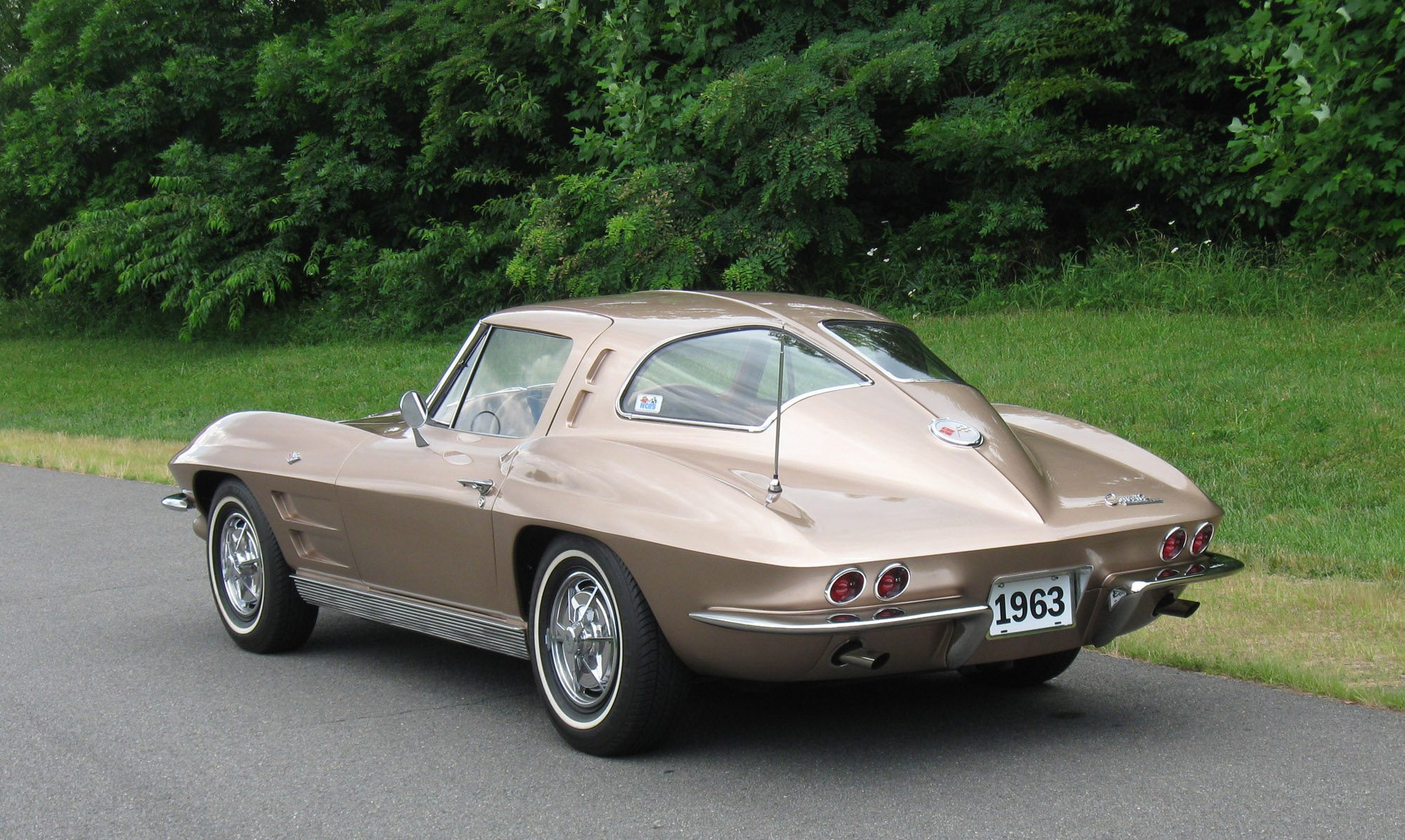 Split Window Corvette >> 1963 C2 Corvette | Ultimate Guide (Overview, Specs, VIN Info, Performance & More)