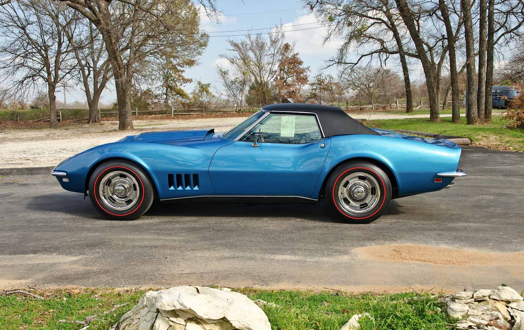 1968 c3 corvette image gallery pictures. Black Bedroom Furniture Sets. Home Design Ideas