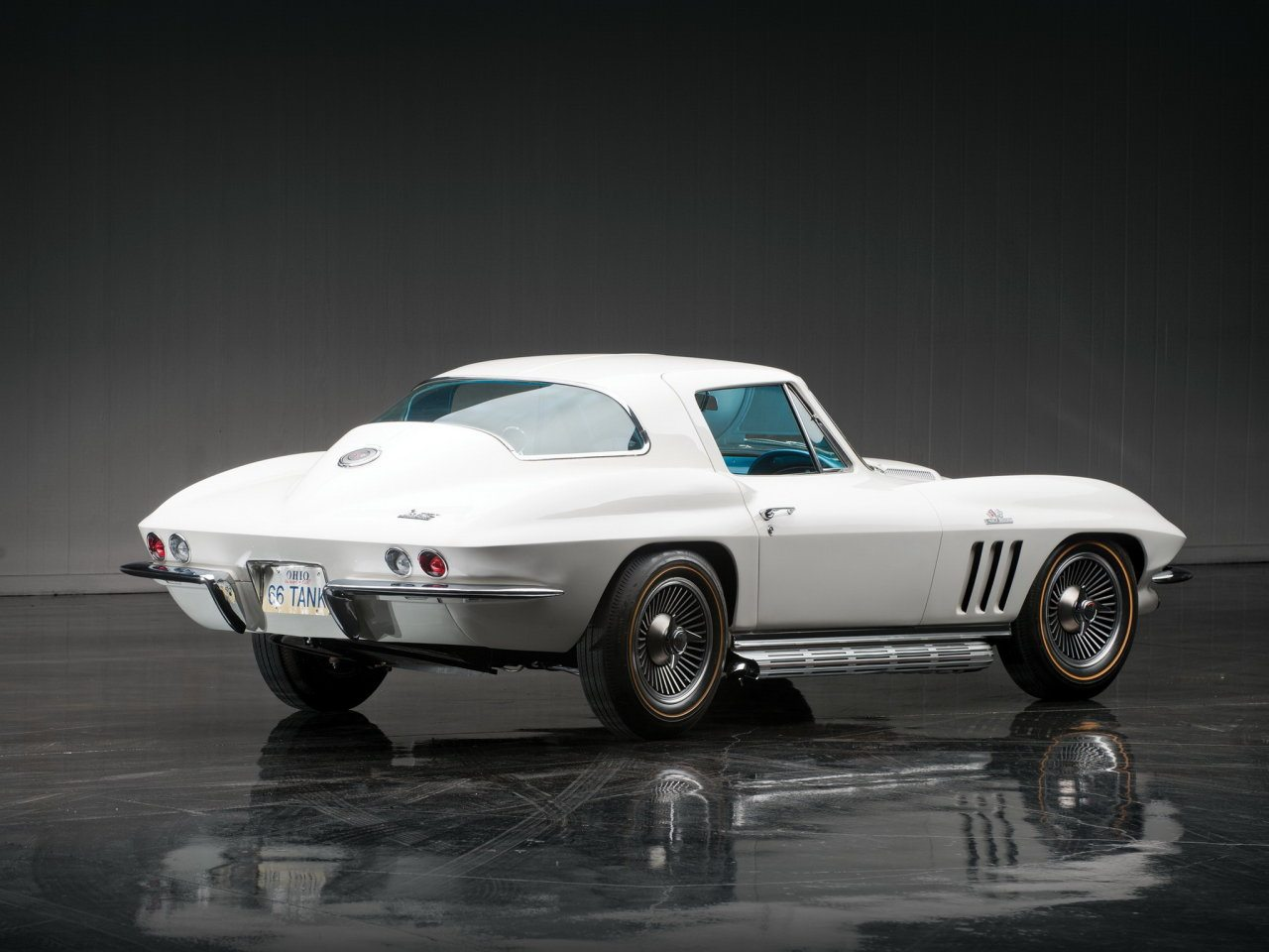 1966 c2 corvette ultimate guide overview specs vin info performance more. Black Bedroom Furniture Sets. Home Design Ideas