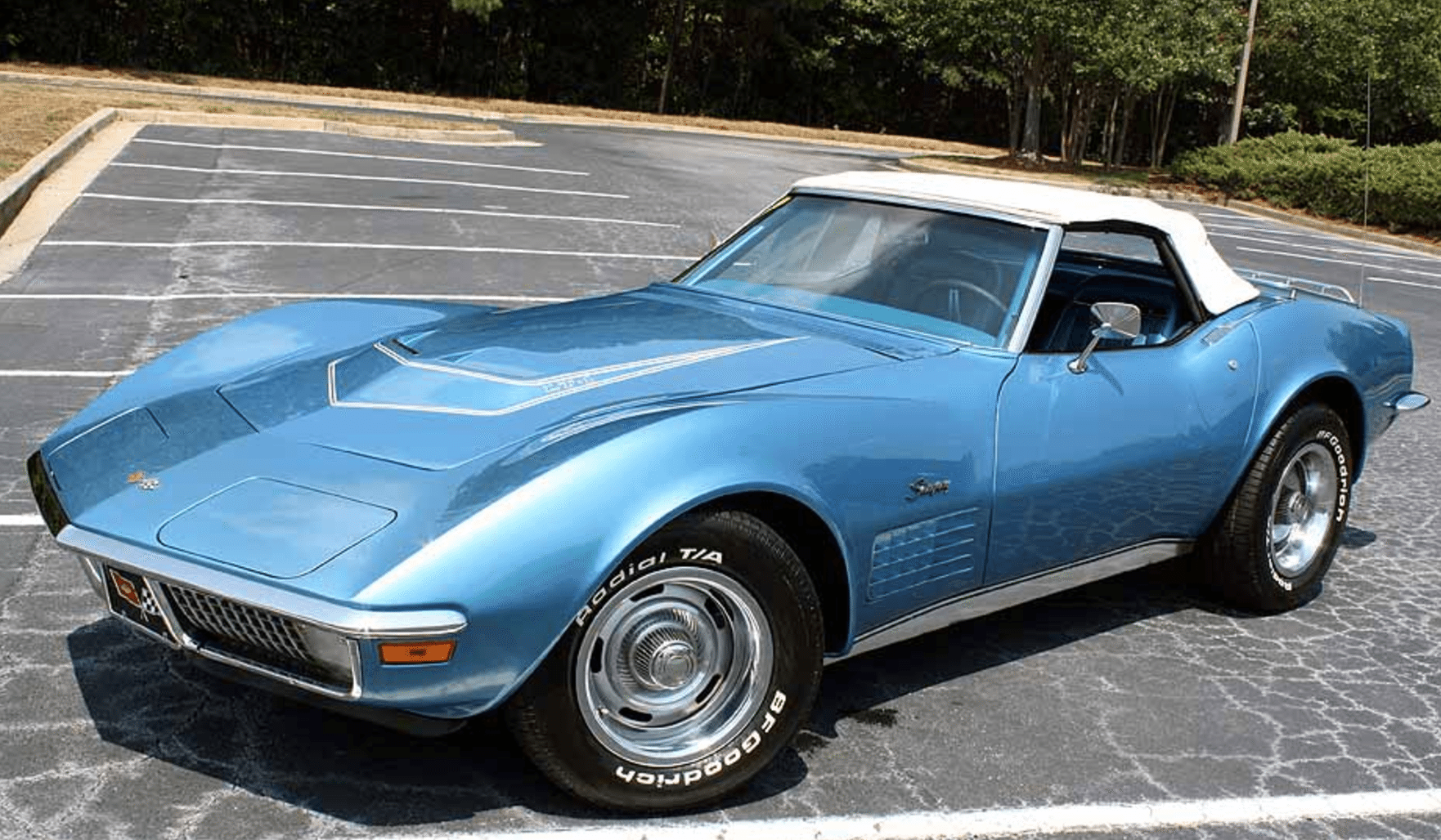 in addition Corvetteblackedoutinterior Coupe in addition F A E C Faeae E B Ffa Bf additionally  moreover X H. on 1972 corvette zr1