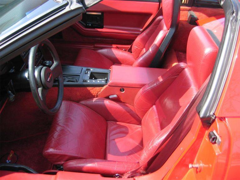 1985 Corvette Ineterior
