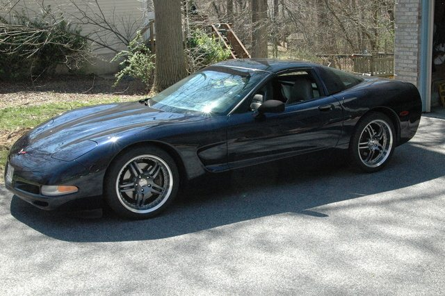 2001 chevrolet corvette coupe pic 44378 640x480 2001 c5 corvette ultimate guide (overview, specs, vin info C5 Corvette Fuse Layout at soozxer.org