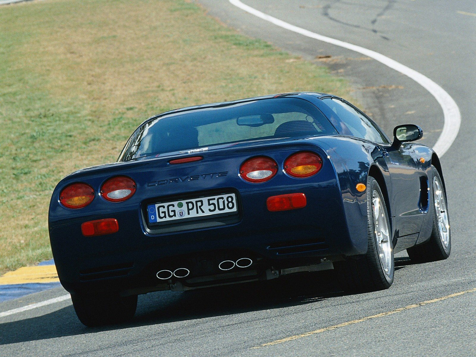 2004 c5 chevrolet corvette image gallery pictures corvette galleries. Black Bedroom Furniture Sets. Home Design Ideas