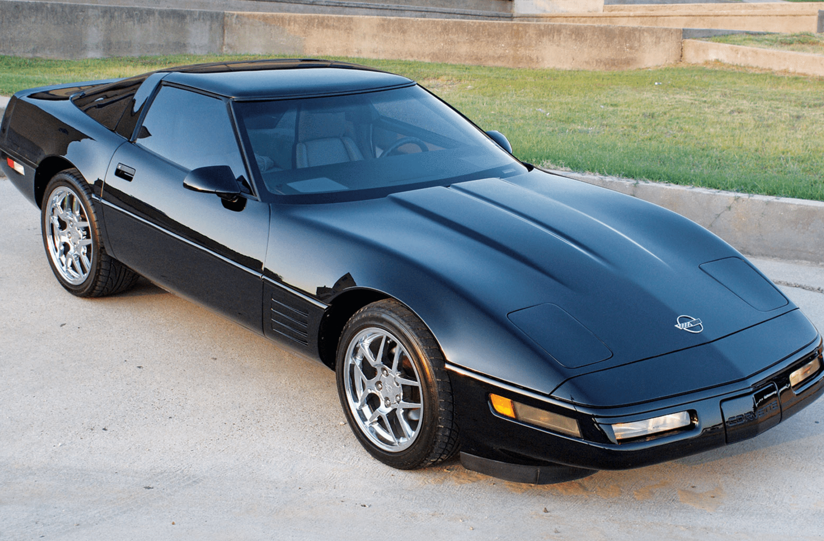 1985 c4 corvette ultimate guide overview specs vin info performance more. Black Bedroom Furniture Sets. Home Design Ideas