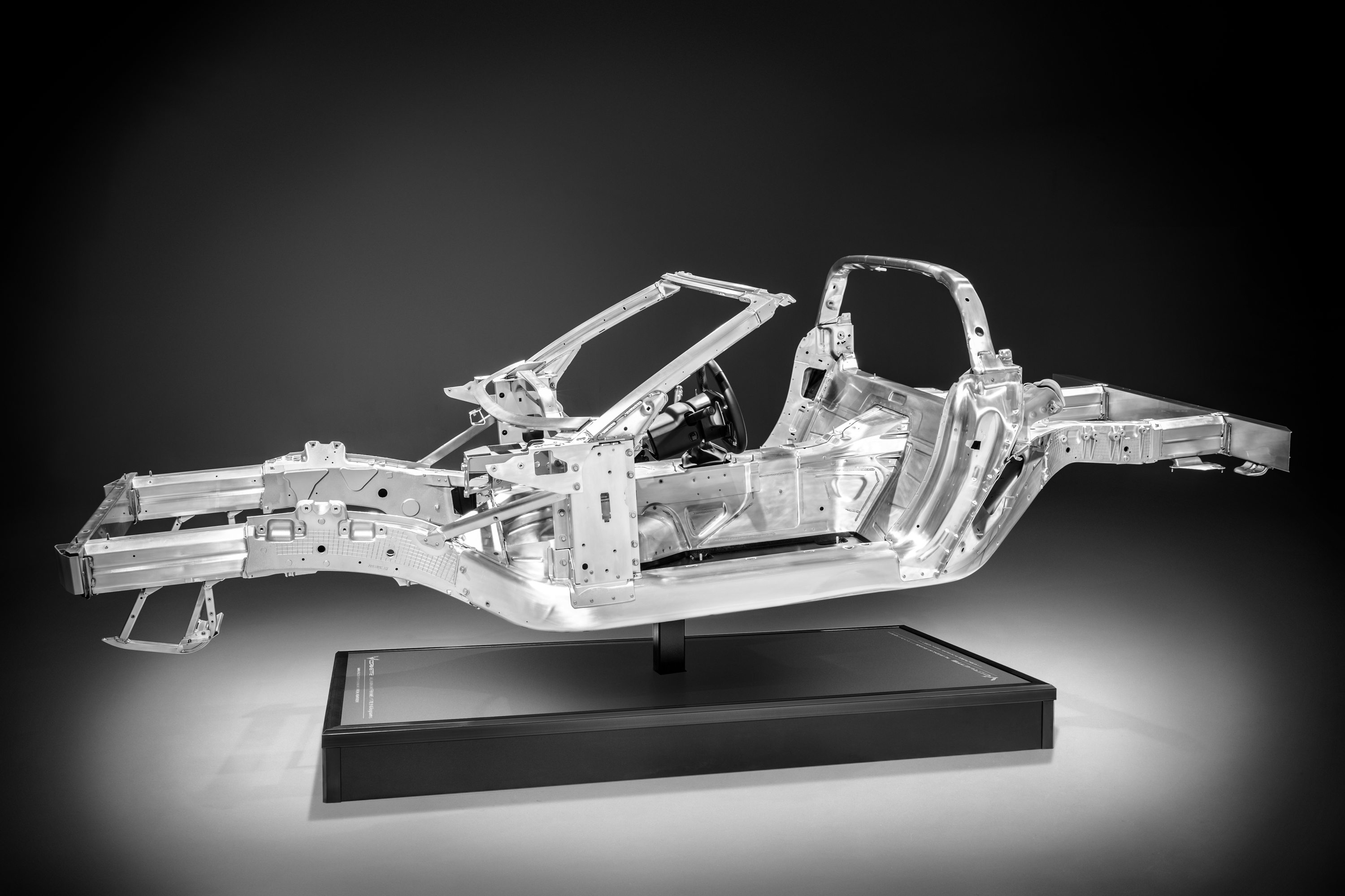 2014 Chevrolet Corvette all-new aluminum frame