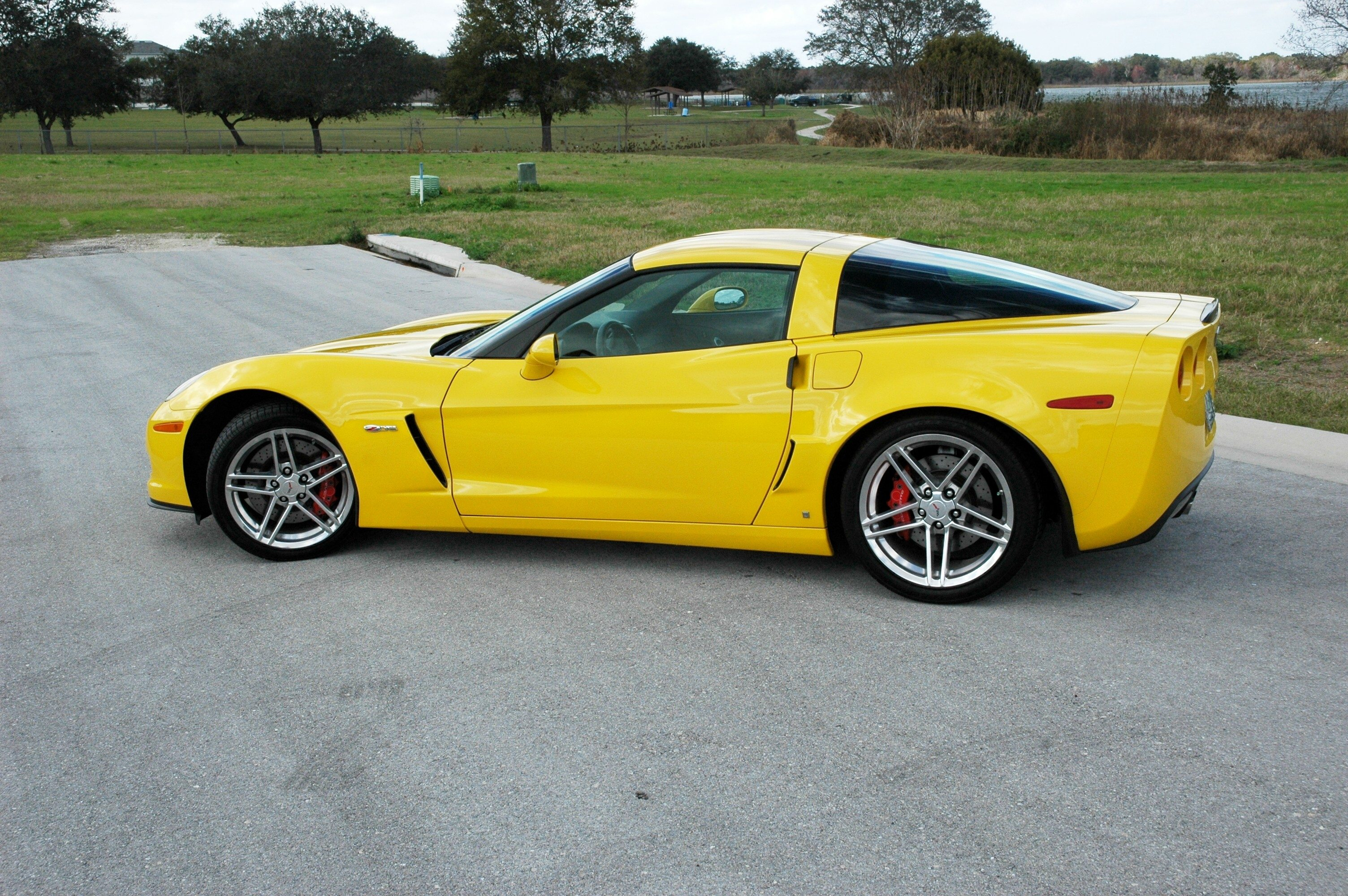 2007 C6 Corvette | Image Gallery & Pictures