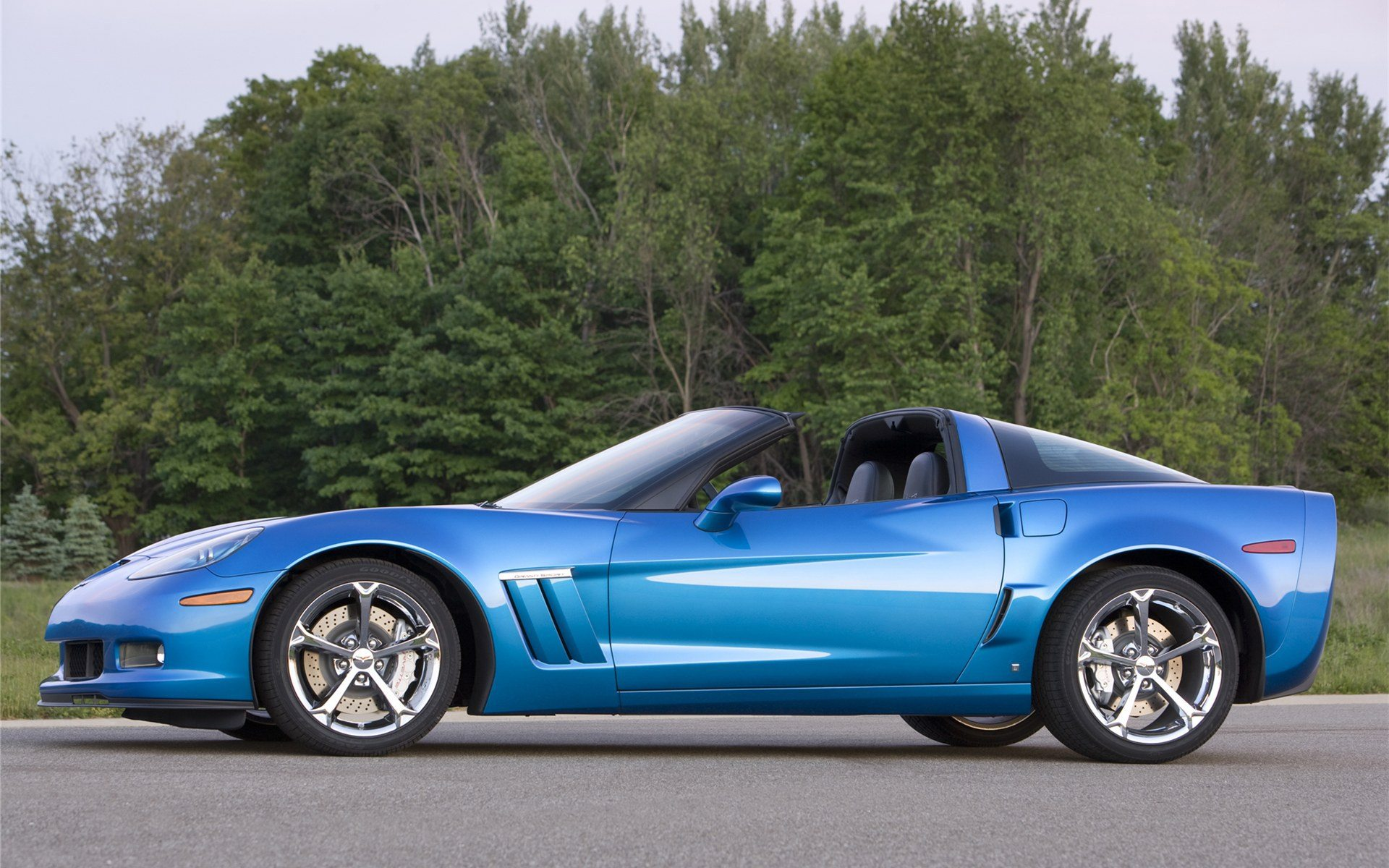 2011 c6 corvette image gallery pictures. Black Bedroom Furniture Sets. Home Design Ideas