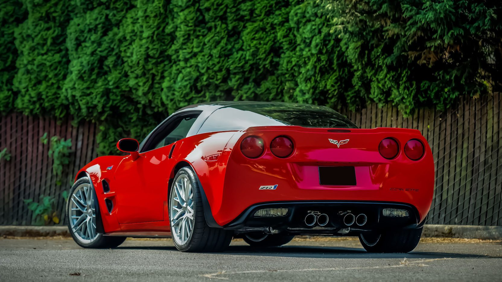 2010 Chevrolet Corvette ZR1 | Image Gallery & Pictures