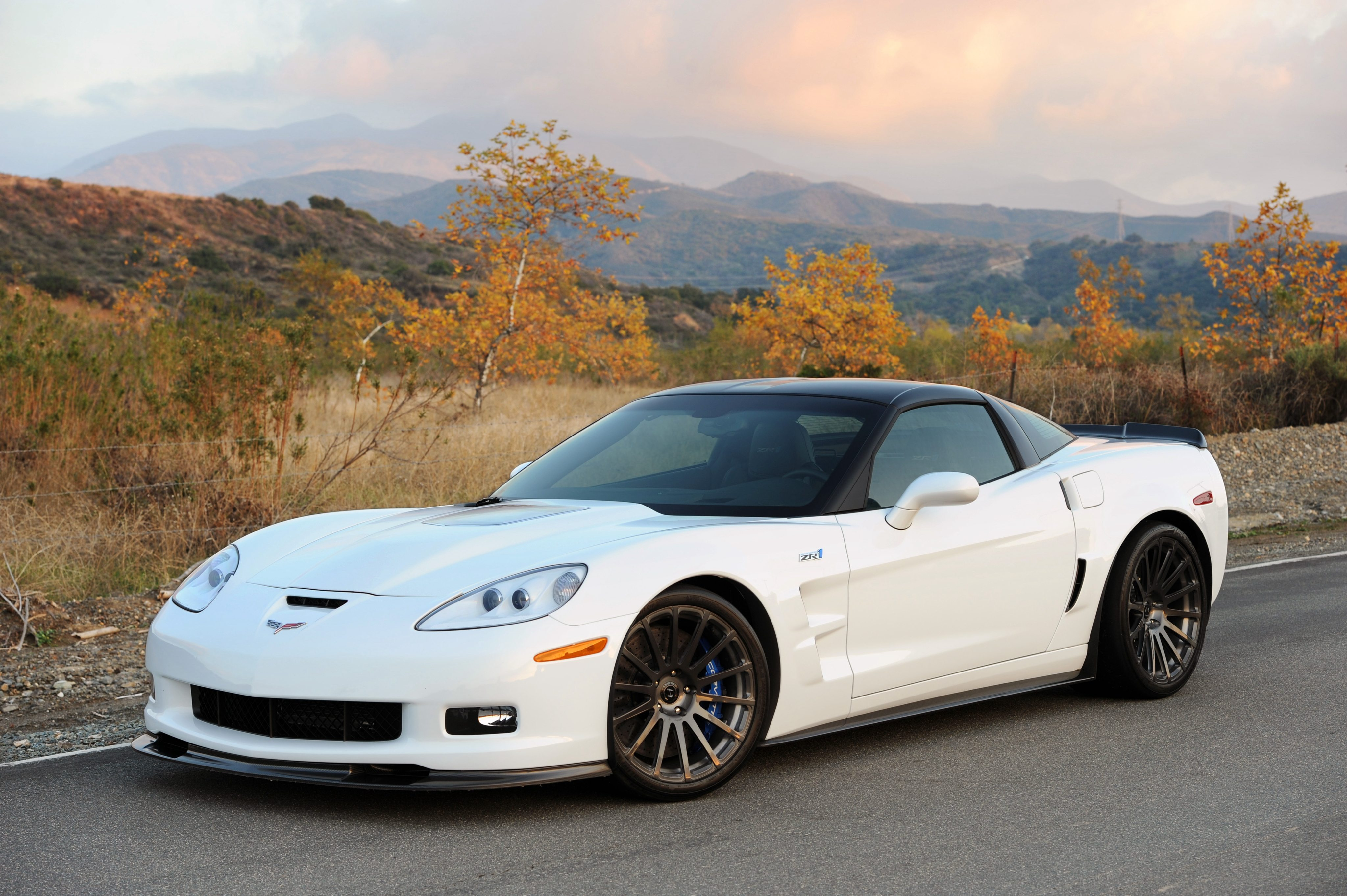 2011 Chevrolet Corvette ZR1 | Image Gallery & Pictures