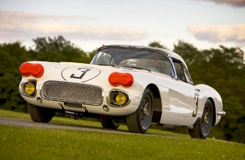 the 1960 No. 3 Cunningham Corvette