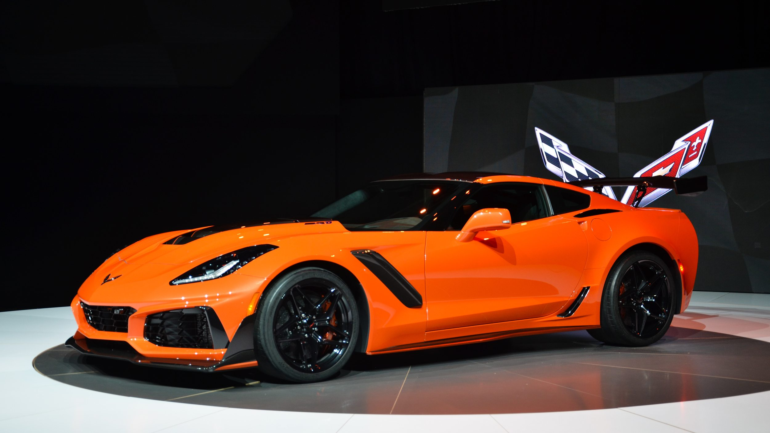 barrett jackson to auction first corvette zr1 zr1. Black Bedroom Furniture Sets. Home Design Ideas
