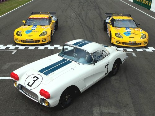 1960 Cunningham No. 3 Corvette alongside the C6.R Corvettes