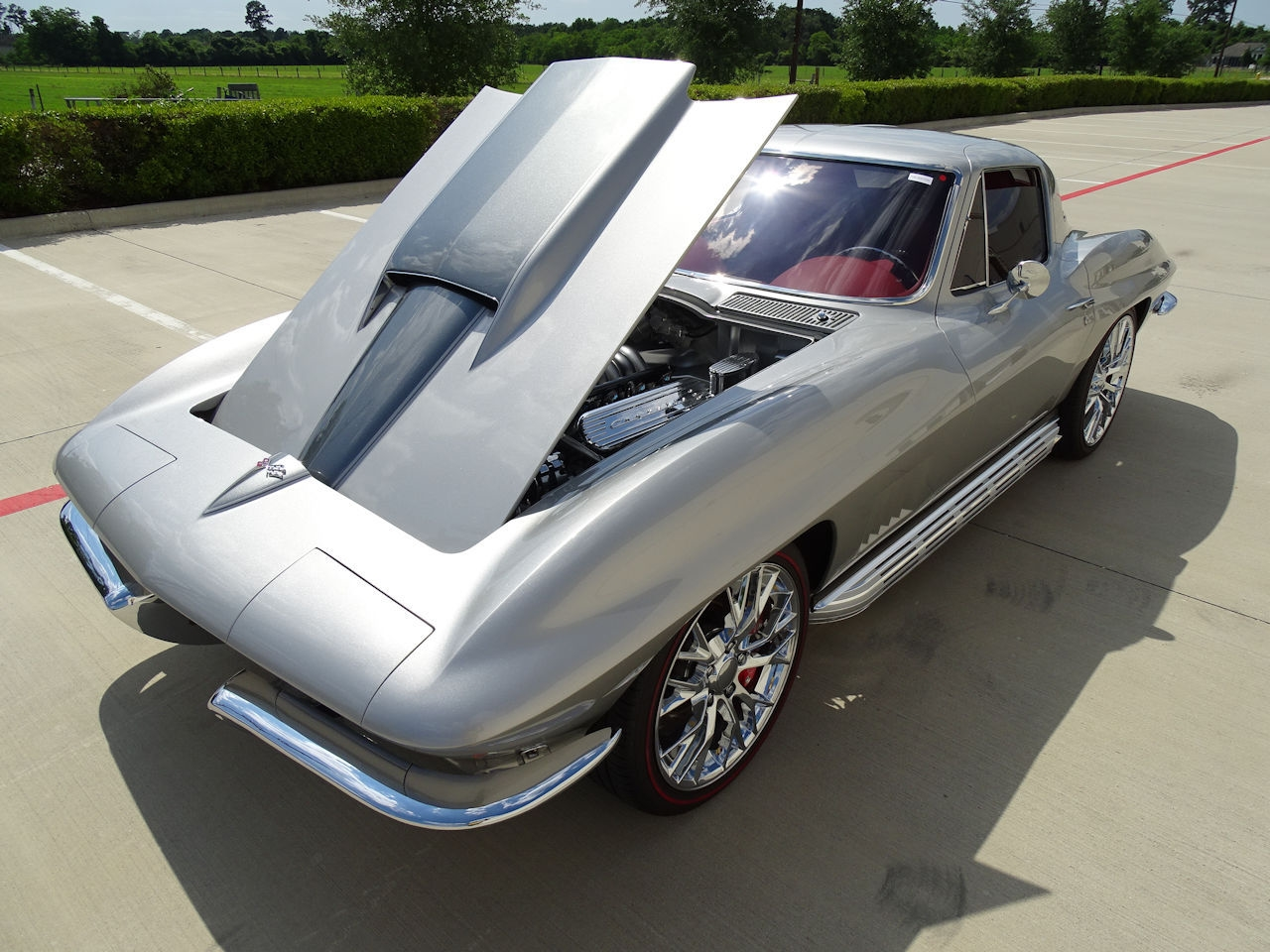 Jeff Hayes 1967 Custom Corvette Sting Ray