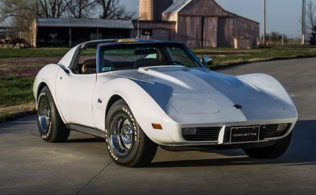 1975 Corvette Coupe white