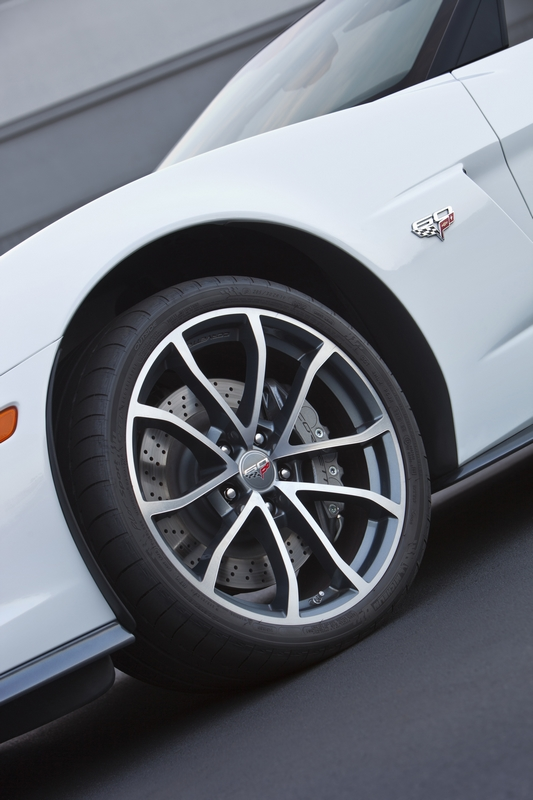 2013 Corvette 427 Front Wheels