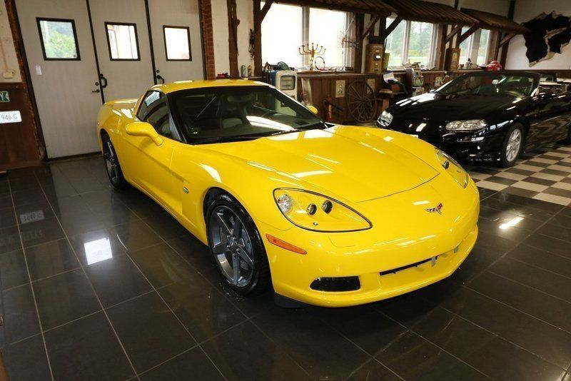 2007 Victory Edition Corvette in Velocity Yellow Tintcoat