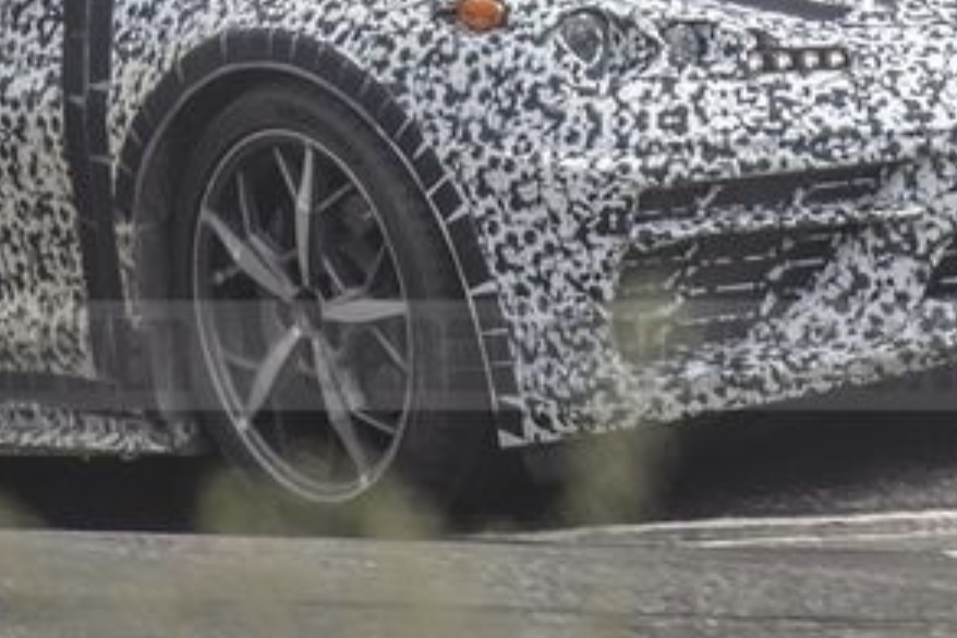 C8 Corvette spy shot