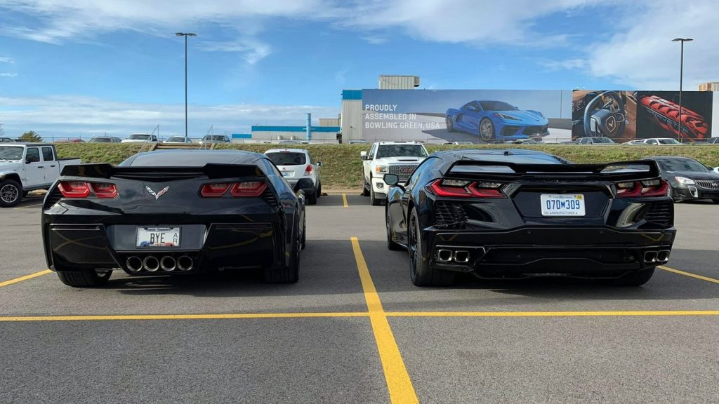 C7 and C8 side by side, rear angle