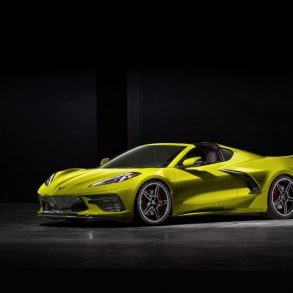 2020 Corvette C8 in Accelerate Yellow