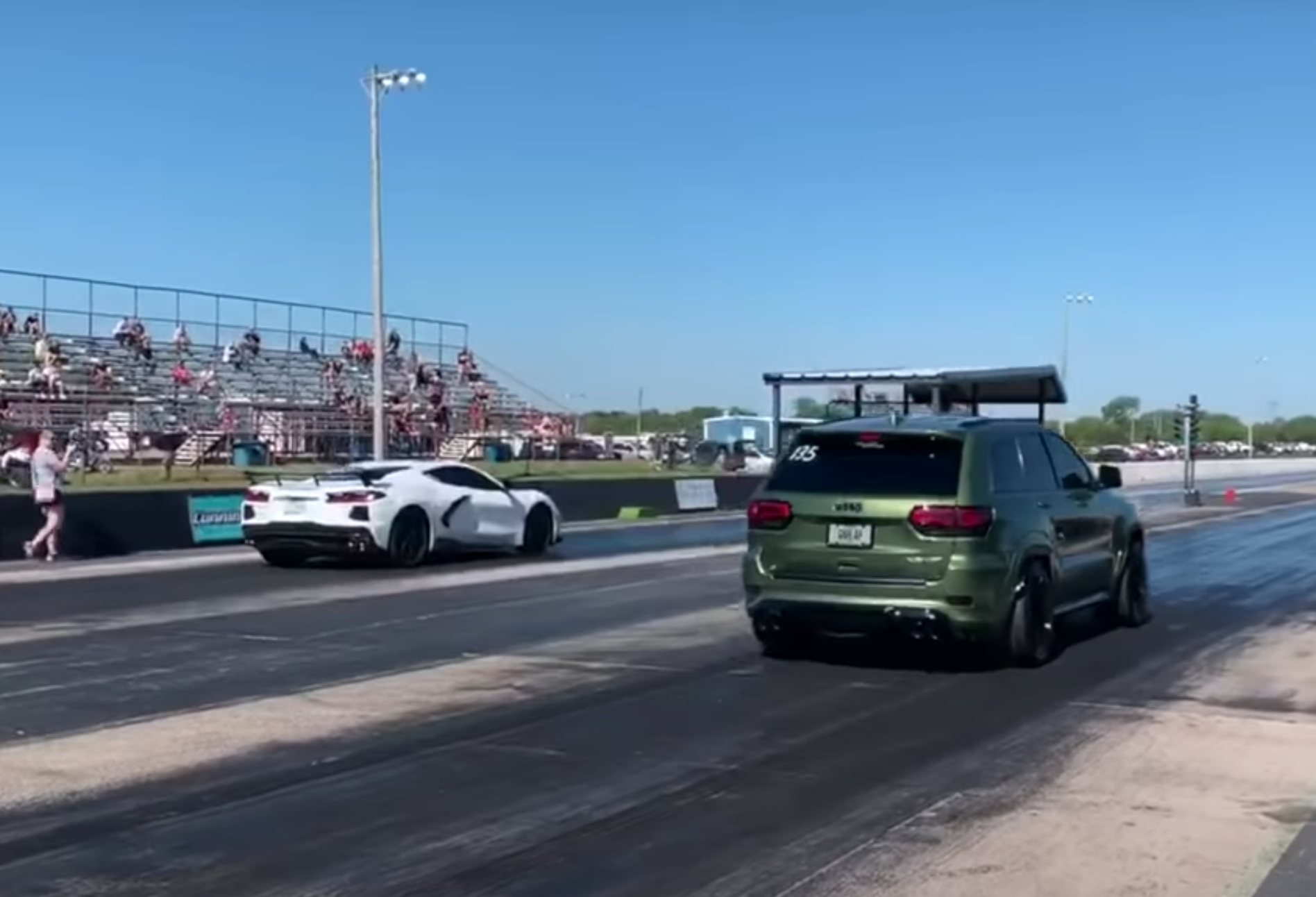 C8 and Jeep Trackhawk drag race