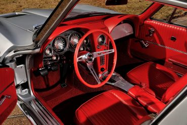 Corvette Steering & Dash