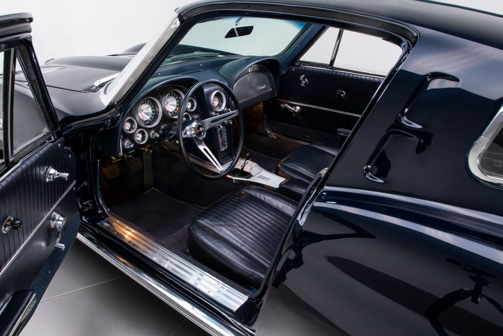 The interior of this 1963 Corvette is absolutely stunning.