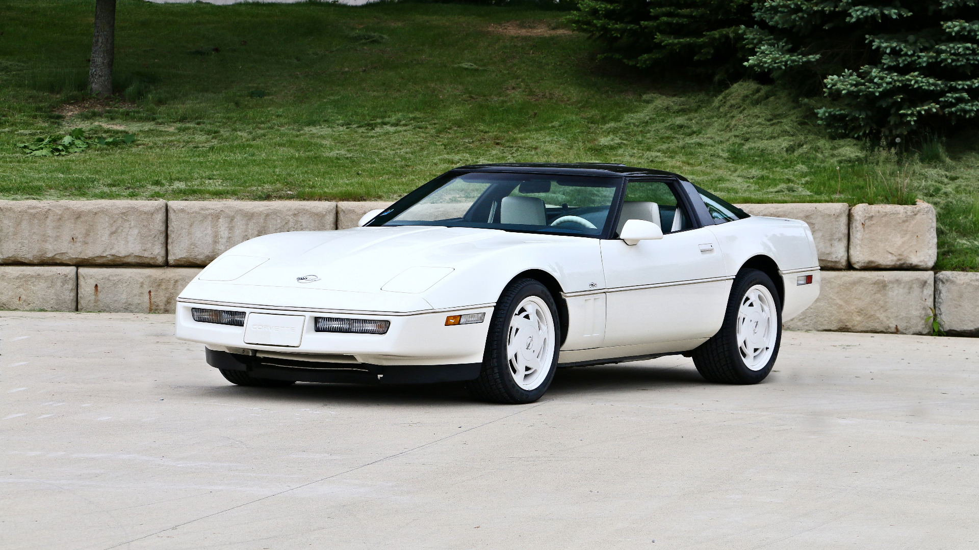 1988 Corvette Wallpapers