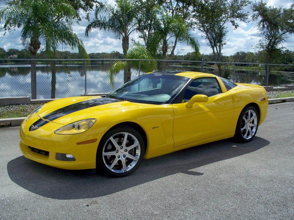 The 2008 Hertz Corvette ZHZ featured Velocity Yellow paint with a black center stripe and special, 7-spoke polished wheels.