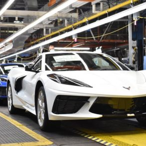Corvette C8 production line at Bowling Green Factory
