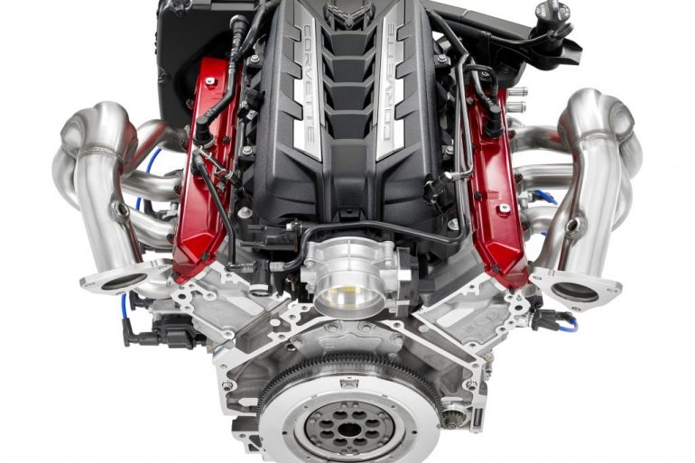 Front view of Chevrolet LT2 engine