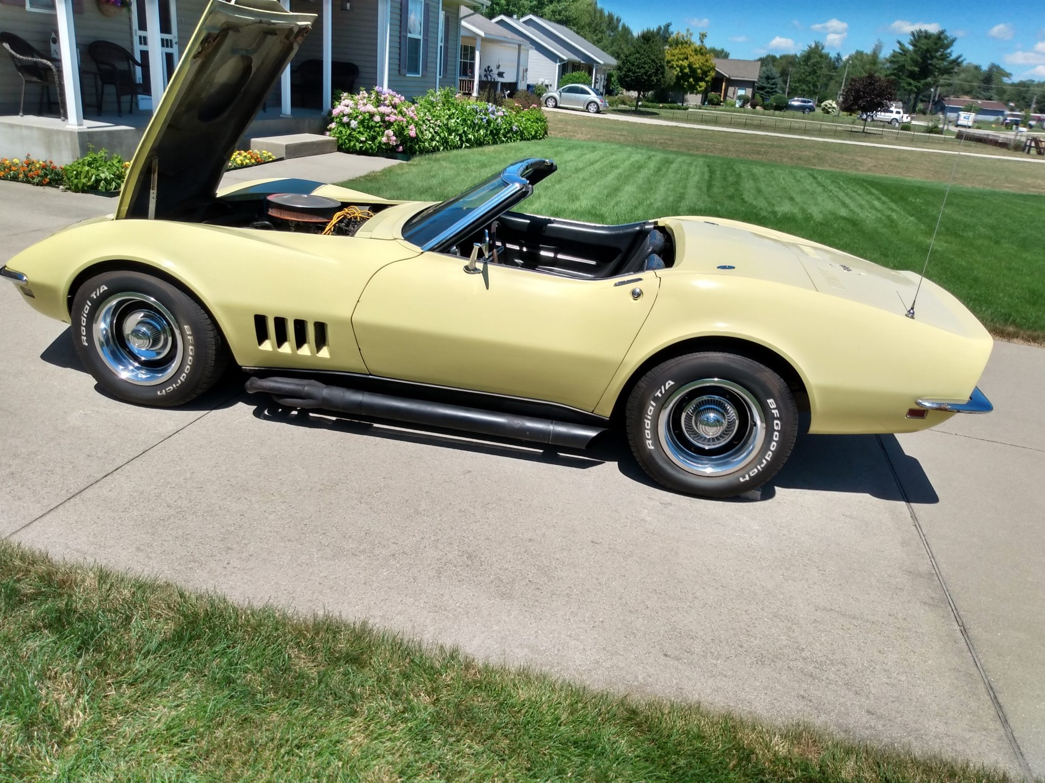 FOR SALE: A 1968 Corvette Convertible.
