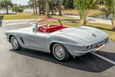 1963 Corvette Sateen Silver