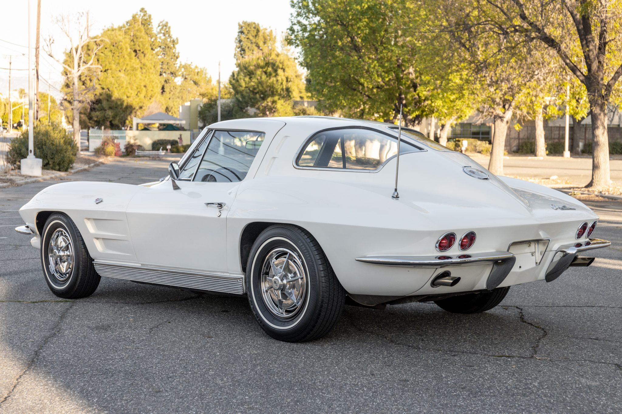 1963 Split Window Corvette (1)