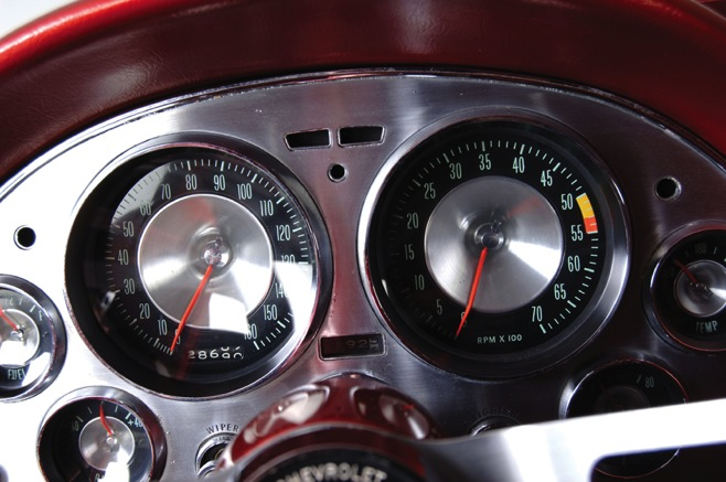 A custom-built gauge cluster was originally installed in the 1964 World's Fair Styling Study Corvette. Sadly, the car was vandalized after the show and the instrument cluster was stolen. The current cluster is a custom-job based on a production panel from a 1963 Corvette.