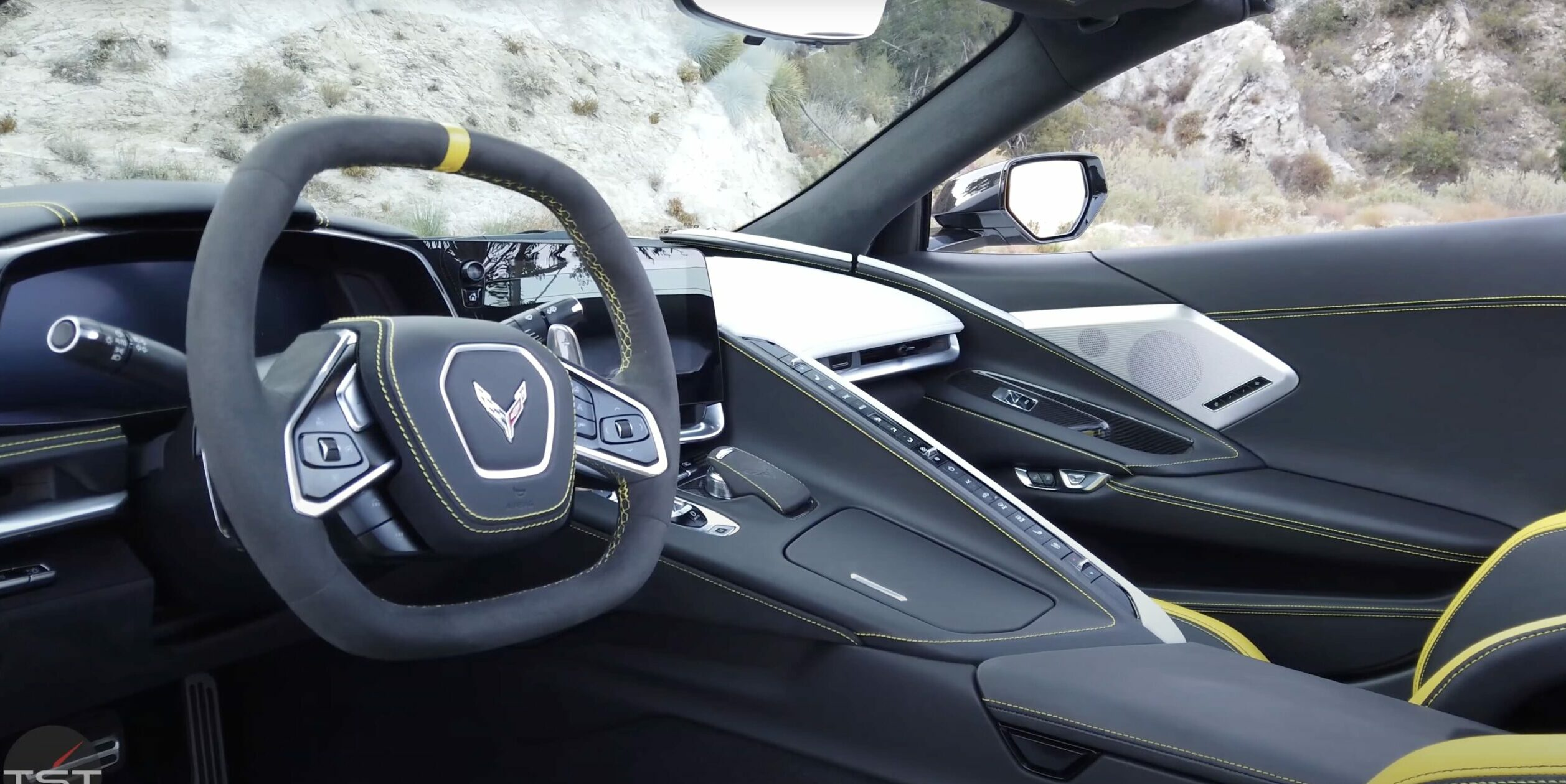 a view of the driver's side of the 2021 C8 Stingray Corvette 3LT